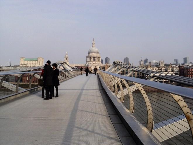 St Paul e Millenium Bridge Londres 2