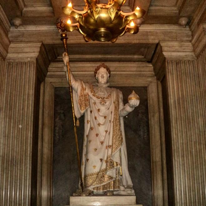Invalides estátua Napoleão