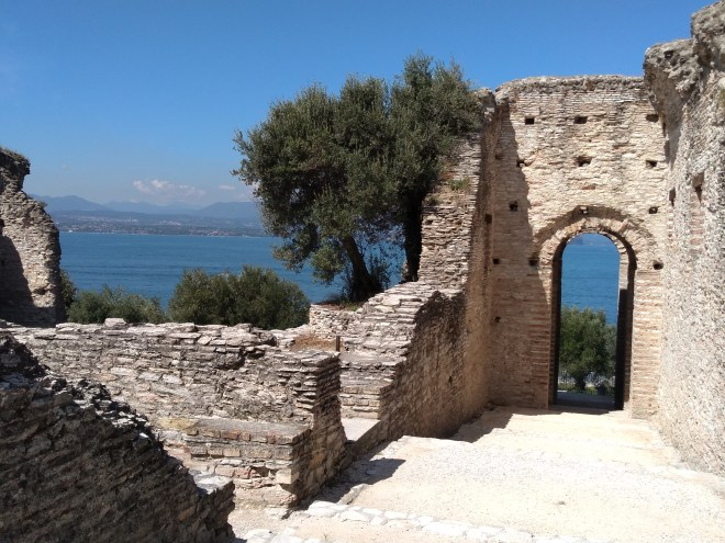 Lago de Garda Sirmione vila romana
