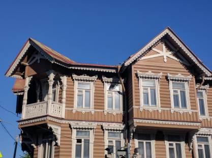 Petergof Russia Petersburgo casas de madeira 2