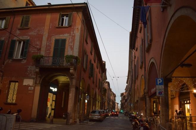 Bologna porticos strada maggiore
