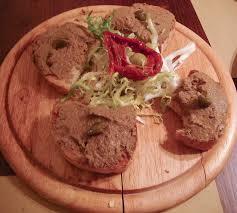 crostini toscani pratos tipicos florença