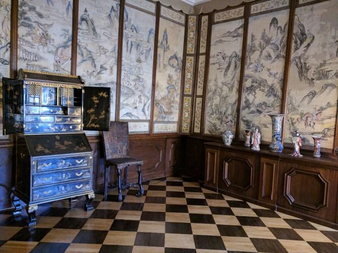 Petersburgo Hermitage Palacio Menshikov salas decoradas seda chinesa