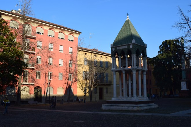 Bologna igreja san domenico tumbas glossadores 2