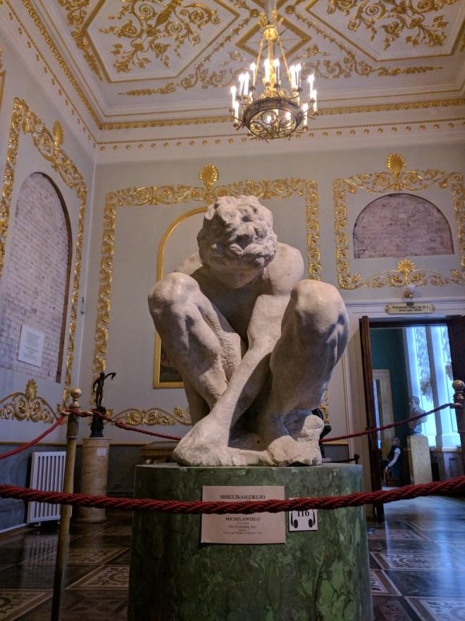 Hermitage pinacoteca estátua escravo Michelangelo