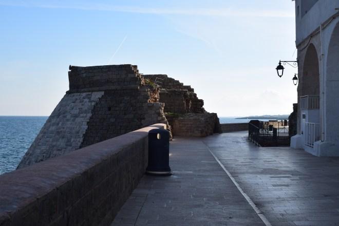 Monopoli puglia sul italia torre na costa
