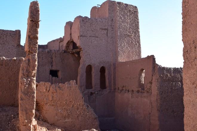 Ouarzazate Kasbah parte em ruínas