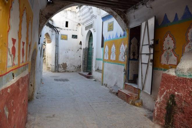 Marrocos Tetouan medina ruas coloridas 2