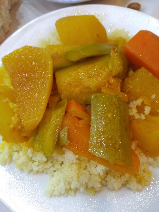 Marrocos comida típica provar cuscus