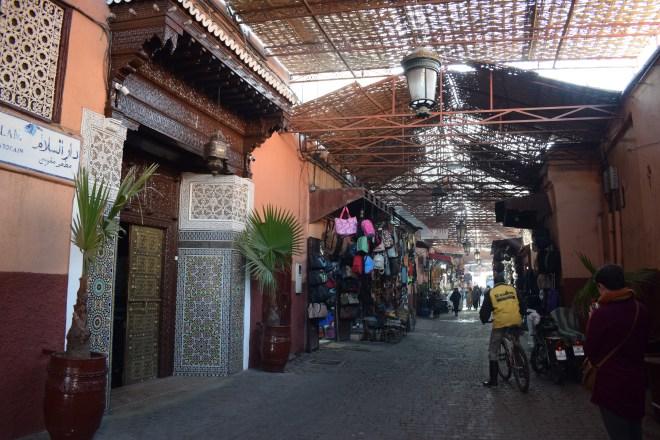 Marrakech medina souqs ruas