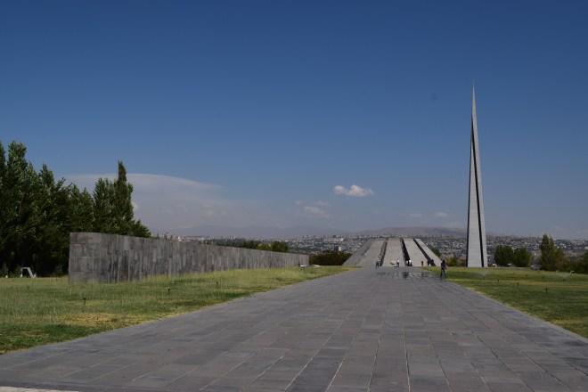 Armênia yerevan memorial genocídio entrada
