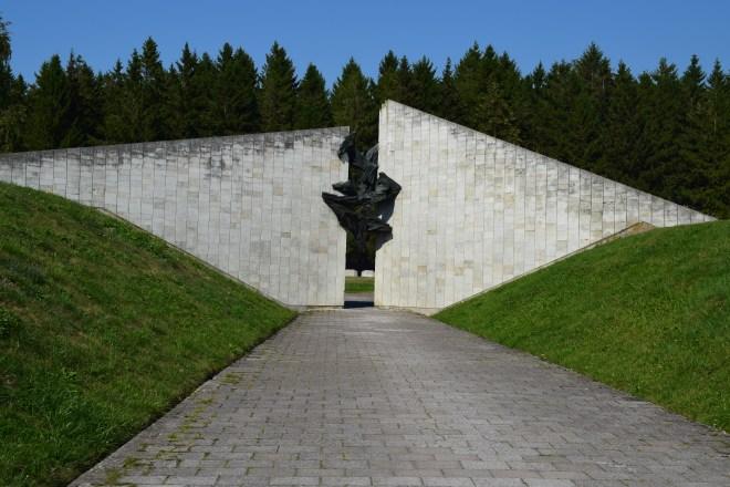 Tallinn lugares sovieticos memorial 1