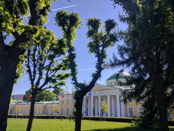 Petersburgo bairro Smolny jardins palacio Tauride