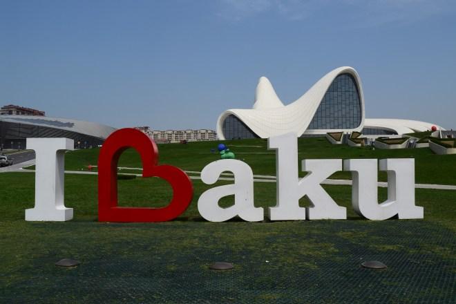 Baku moderna centro Heydar Aliv Hadid exterior i love baku
