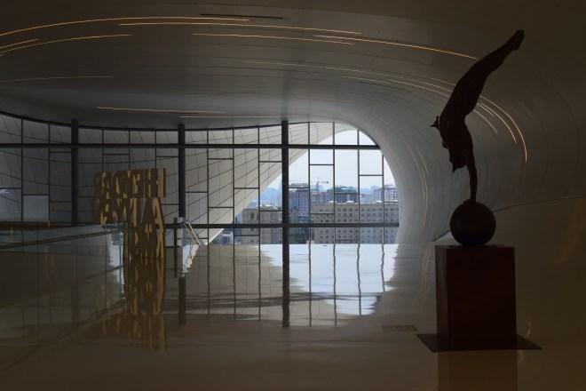 Baku moderna centro Heydar Aliv Hadid interior 2