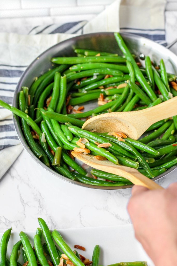 Green Beans with Toasted Almonds and Lemon scooping