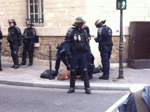Inquieto_parisino