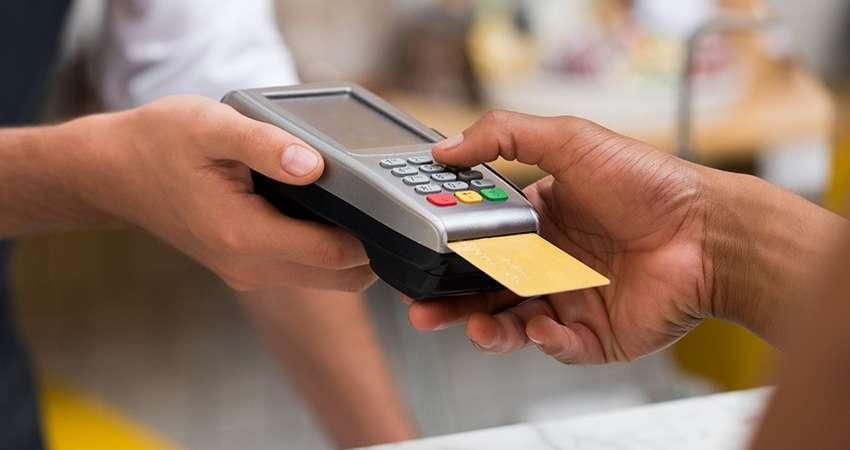 Resultado de imagem para Multas de trânsito poderão ser pagas parceladas no cartão de crédito
