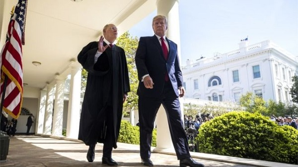 Justice Kennedy's retirement hands Mr Trump a second pick on the US Supreme Court