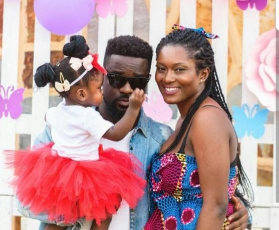 Sarkodie, baby Mama and baby