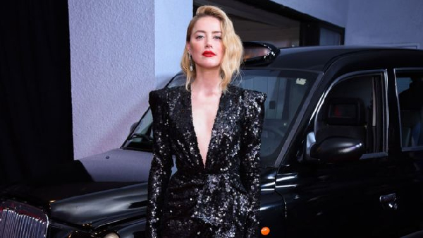 Amber Heard at London Field's Los Angeles premiere