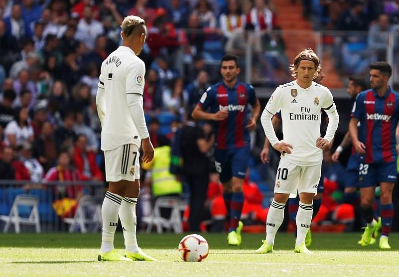 6a87a5d43 Real Madrid in meltdown as Levante inflict latest defeat ...