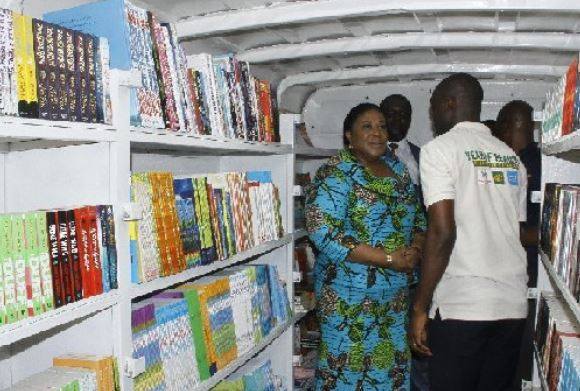 First Lady, Rebecca Akufo-Addo, during an inspection of the interior of the mobile library vans