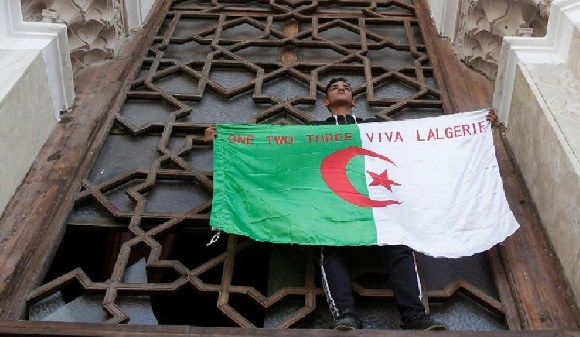 Hundreds of thousands of people crammed into central Algiers in the biggest protests