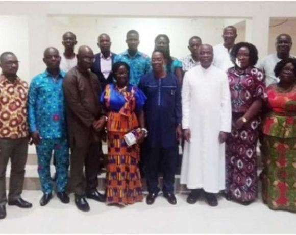 Members of the Council in a group picture with Prof. Yankah