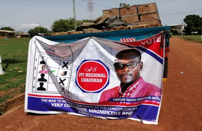 A campaign banner of David Tibrum Makinye Batu