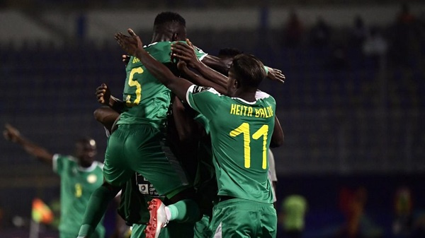 Senegal team cross on to semi finals