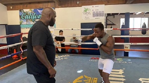 Dogboe working out with his new trainer