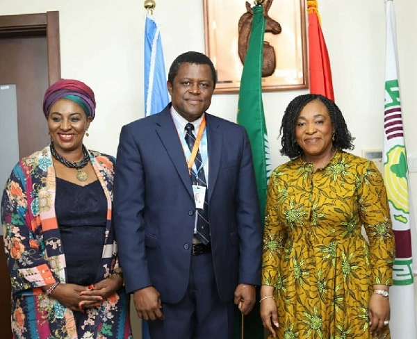 Foreign Affairs Minister, Shirley Ayorkor Botchwey with some of the delegates