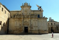 lecce cathedral bird