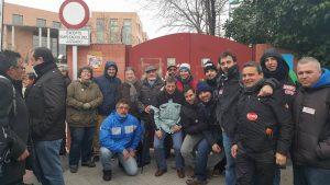 Delegados de Airbus Sevilla en apoyo de sus compañeros