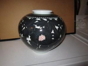 26 - Vase - H-6