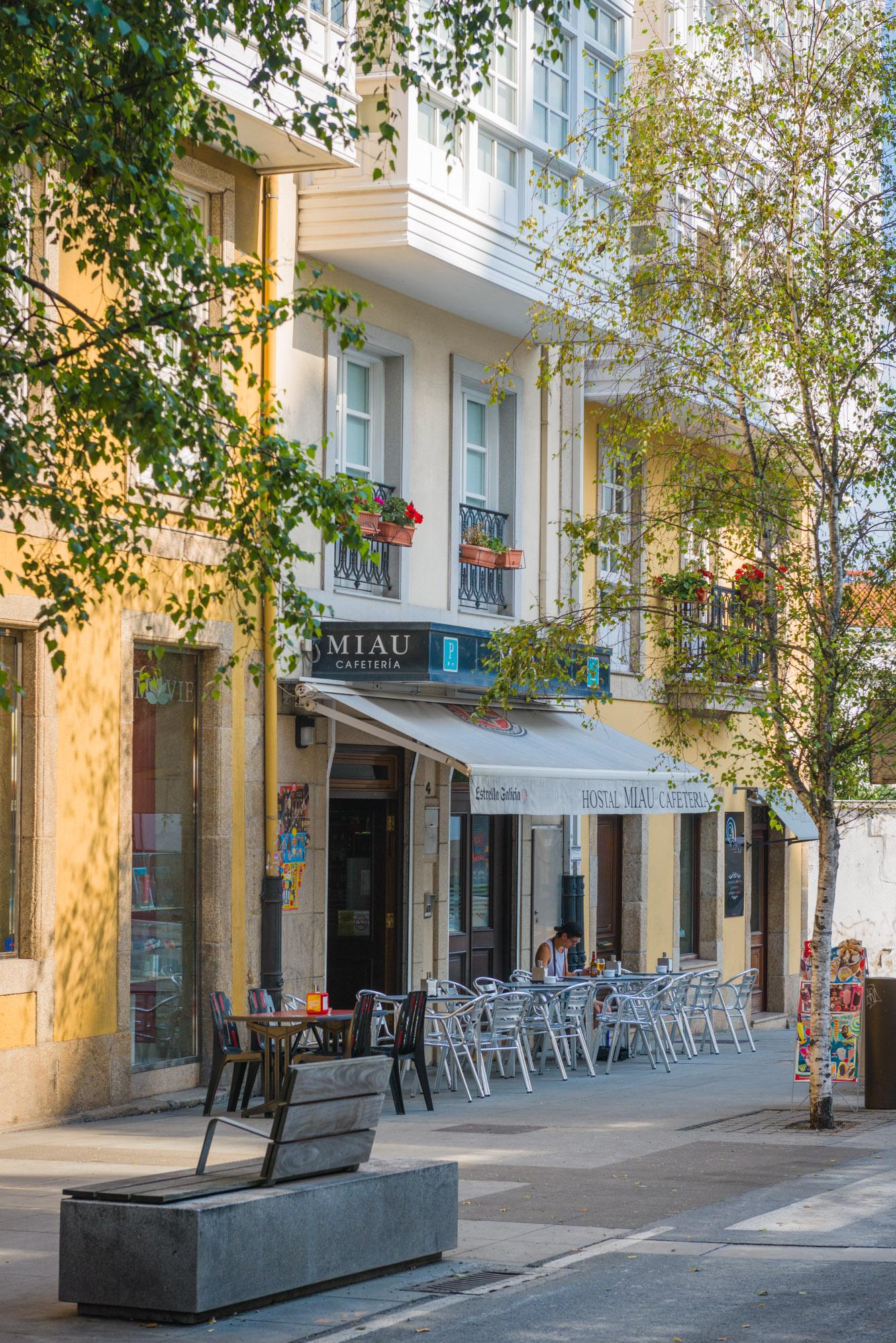 Fachada Hostal Miau Cafetería, A Coruña
