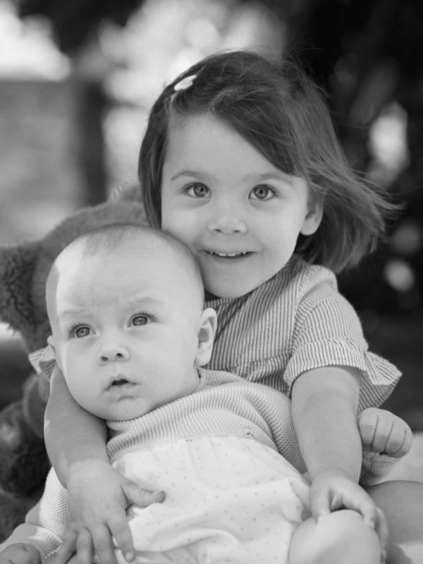 Sesión bebé- retrato infantil en branco e negro
