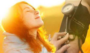Manfaat Sinar Matahari, Dapat Menurunkan Tekanan Darah