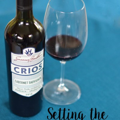 Setting the Thanksgiving Table with Crios Wine