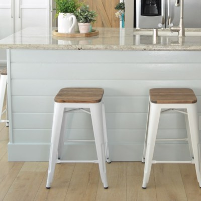 How to Refinish Kitchen Barstools