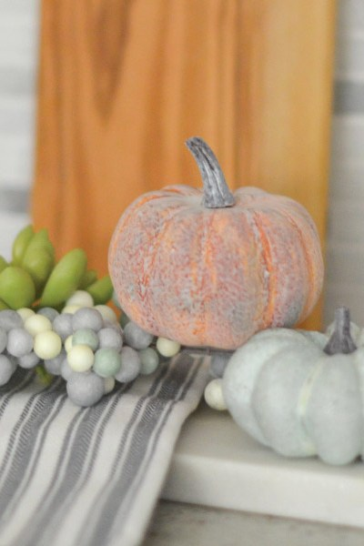 Cleaning & Decorating for Fall in the Kitchen!