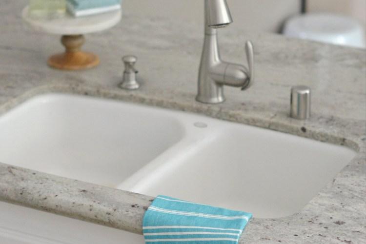 5 Tips to Make Dish Washing Easier!