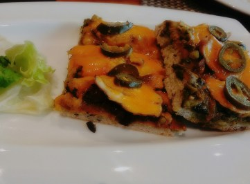 Focaccia with chicken