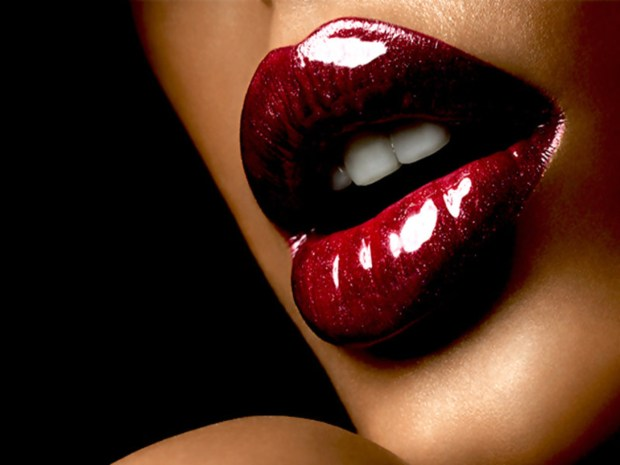 4501588-lips-wallpapers