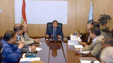 إجتماعاً موسعاً لمتابعة سير أعمال منظومة تقنين أراضى أملاك الدولة بالأقصر