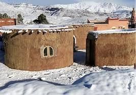 منازل مغربية إيكولوجية تقاوم الكوارث الطبيعية