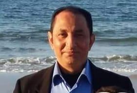 رئيس جامعة العريش راعي شخصي للمسابقه سقراء الشعر العربى.