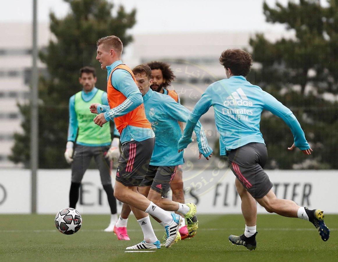 بالفيديو المران الاخير لريال مدريد استعداداته لمواجهة تشيلسي في دوري أبطال أوروبااليوم