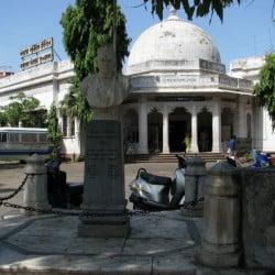 M J library ahmedabad